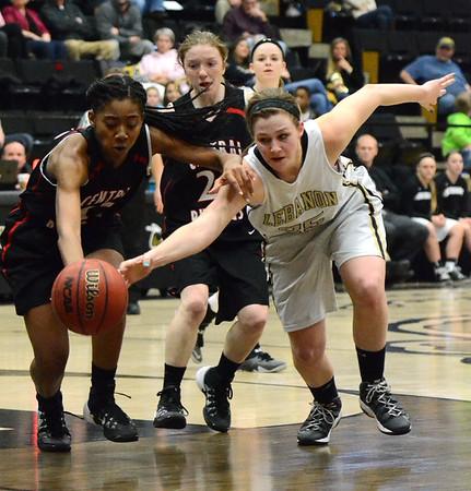 Basketball - LHS Girls 2013-14 - Central