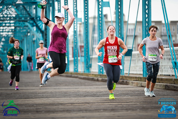 2019 7 Bridges Marathon