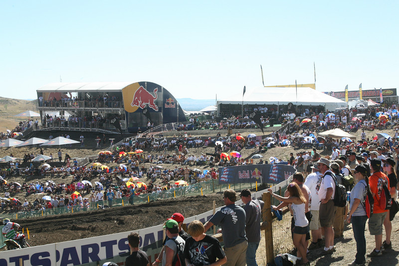 The hill side is starting to fill up for the main event. And a main event it was!