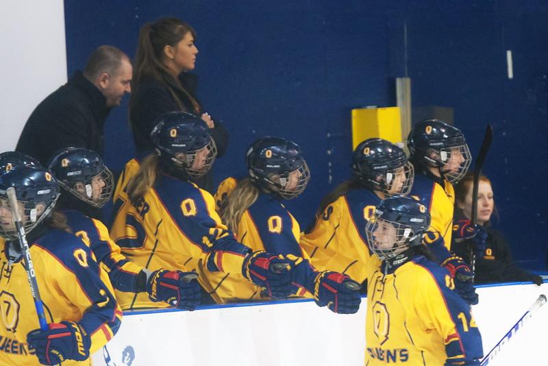 20130310 QWHockeyvsUBC 585.jpg