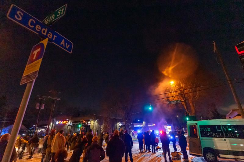 2020 12 30 36th and Cedar Protest Police Murder-18.jpg