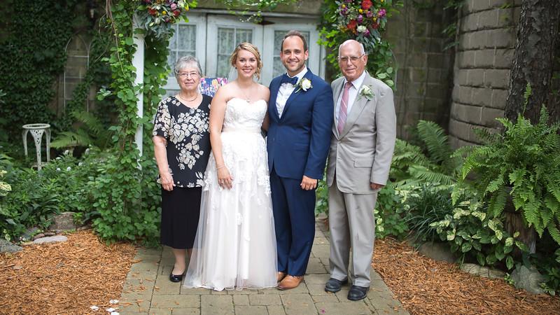 Garrett & Lisa Wedding (542).jpg