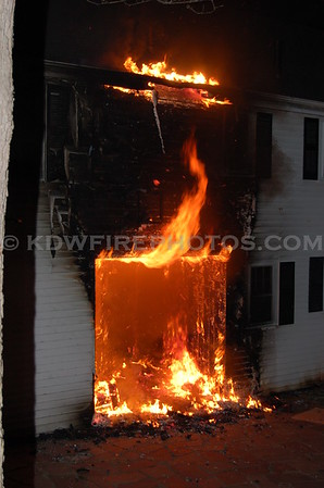 Reading, MA - 3rd Alarm - Pine Ridge Rd - 3/11/06