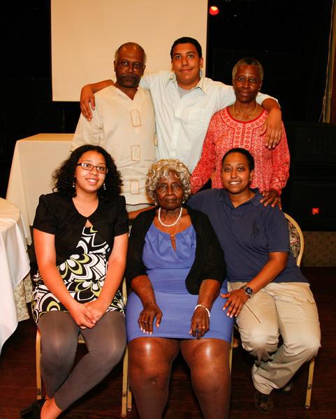 Edouard Family Reunion-3822.jpg
