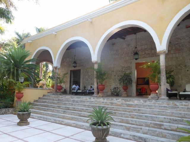 boomer-road-trip-hacienda-chichen