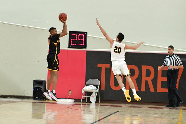 Torrey Pines vs Bishop O'Dowd, 12-30-19