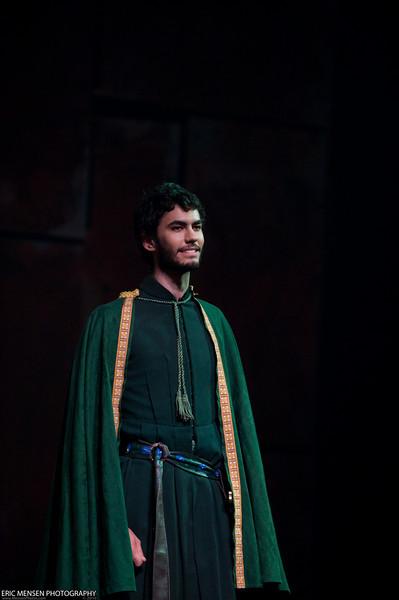 Macbeth-250.jpg