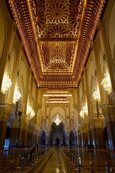Sultan Hassan II mosque (interior)