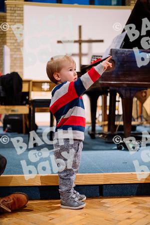 © Bach to Baby 2019_Alejandro Tamagno_Balham_2019-12-07 010.jpg