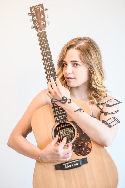 Magda Moyo singer & songwriter