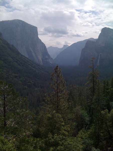 Yosemite Valley seen from Tunnel View. Yosemite NP