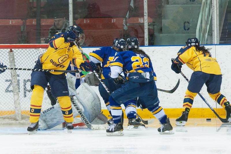 20130310 QWHockeyvsUBC 539.jpg