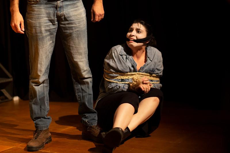 Allan Bravos - essenCIA Teatro - Persona 07-425.jpg
