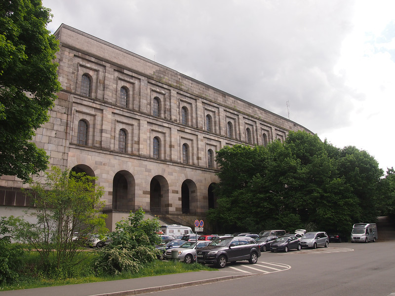 P5208219-kongresshalle-exterior.JPG
