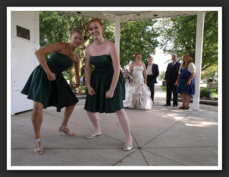 Bridal Party Family Shots at Stayner Gazebo 2009 08-29 068 .jpg