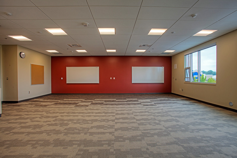 Neeley Construction - New Auburn Center