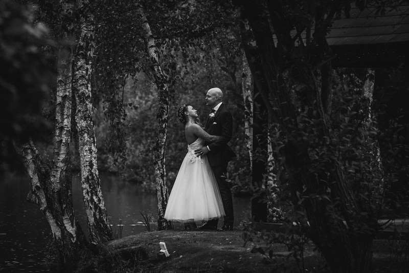 Sam_and_Louisa_wedding_great_hallingbury_manor_hotel_ben_savell_photography-0168.jpg