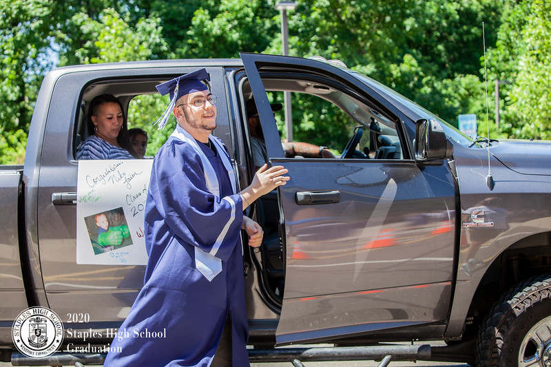 Dylan Goodman Photography - Staples High School Graduation 2020-257.jpg