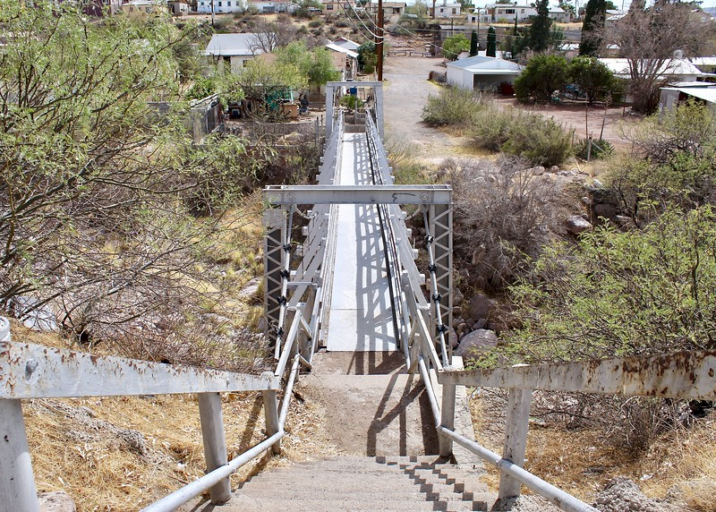 Historic footbridge over Queen Creek near Main Street and Lobb Avenue (2018)