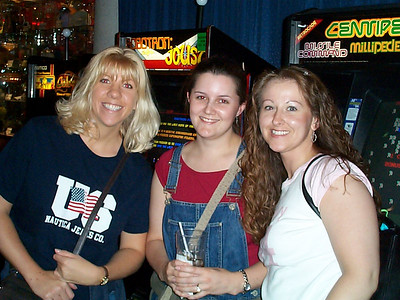 Rachael's Birthday at D&B - June 7, 2003