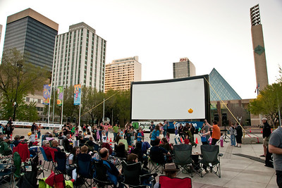 Movies in the Square May 2009