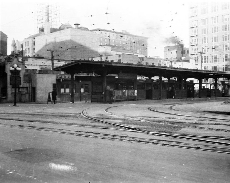 Exterior view of the Pacific Electric Hill Street station prior to 1924 reconstruction, ca.1920