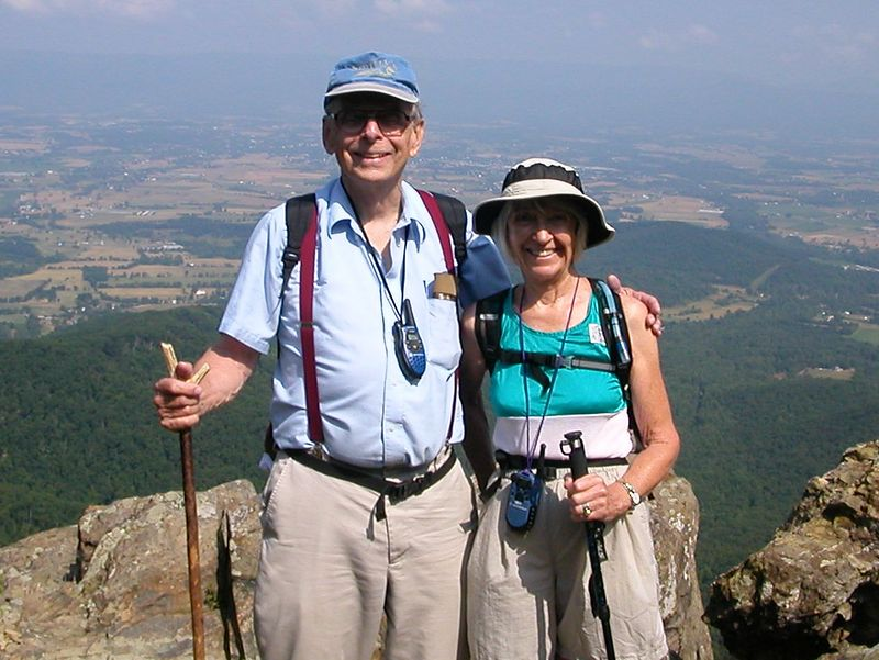 Bob and Ruth pose at trail overlook.