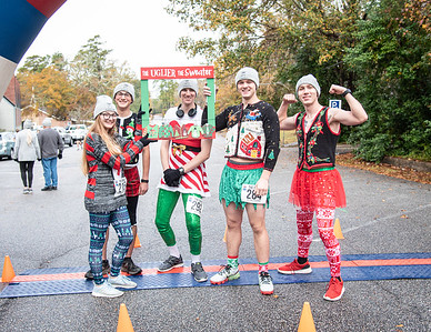 2019 ARK Ugly Sweater 5K