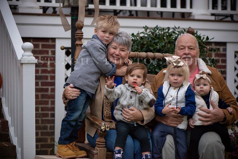 2019 November Ellis Family-265-128.jpg
