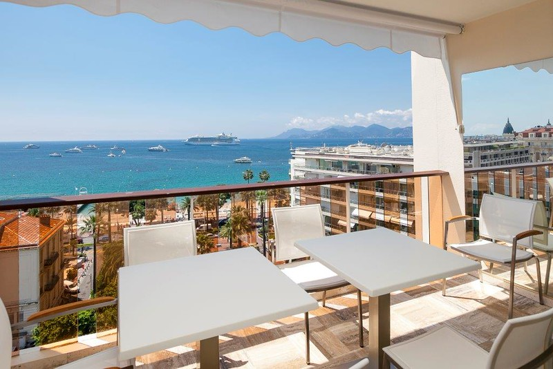 cannes France  holiday rental showhouse staging