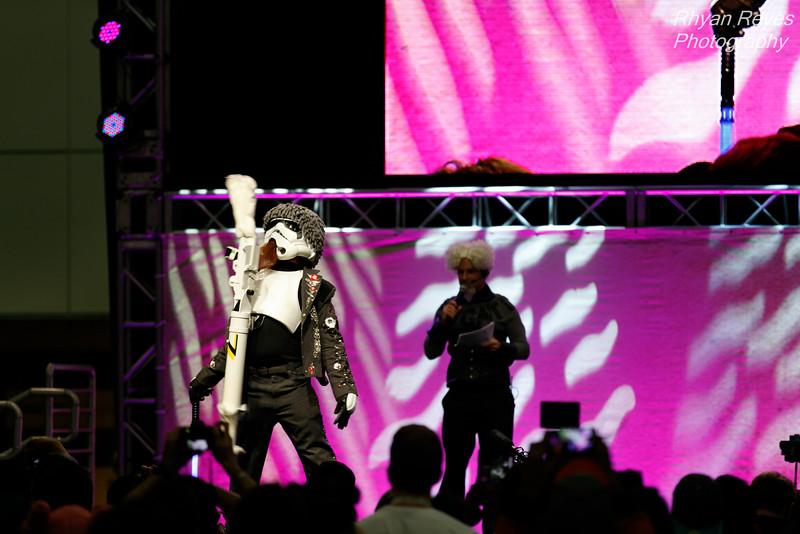Comikaze_Expo_2015_IMG_0600_RRPhotos.jpg