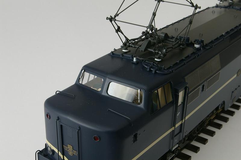 philotrain 435_65-3 NS 1216 berlijns blauw -8.JPG