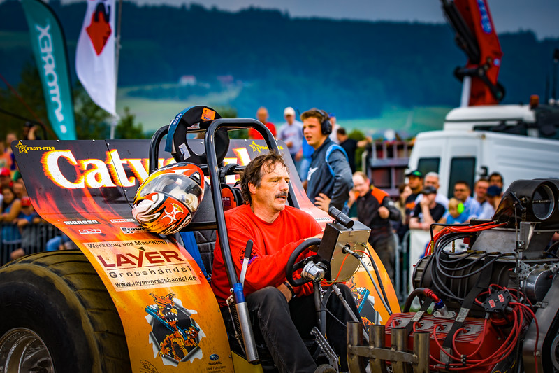 Tractor Pulling 2015-02309.jpg