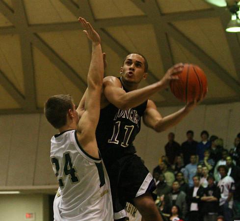 Pioneer at Huron basketball 2007