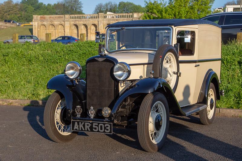 AKR503 1934 Commer 8cwt