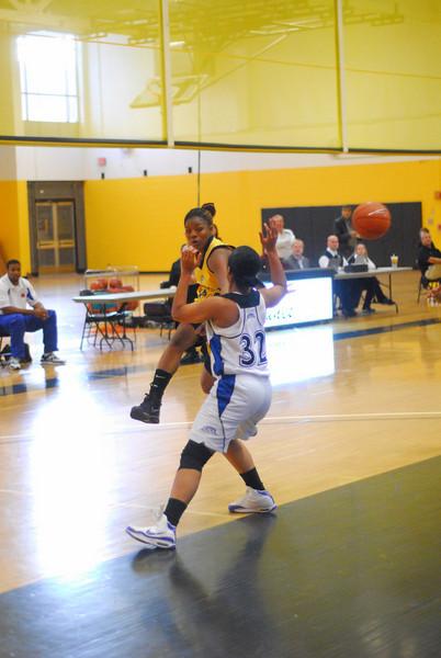 20091122_MCC Basketball_8783.JPG