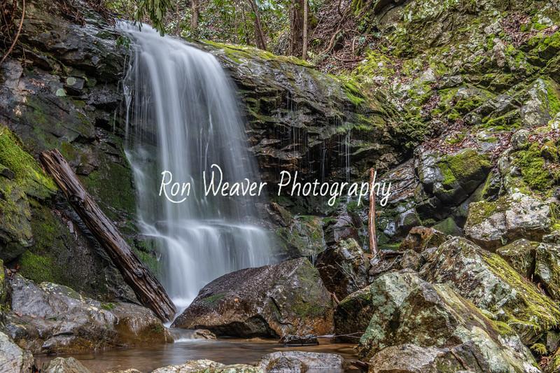 Pine Ridge Falls Close up
