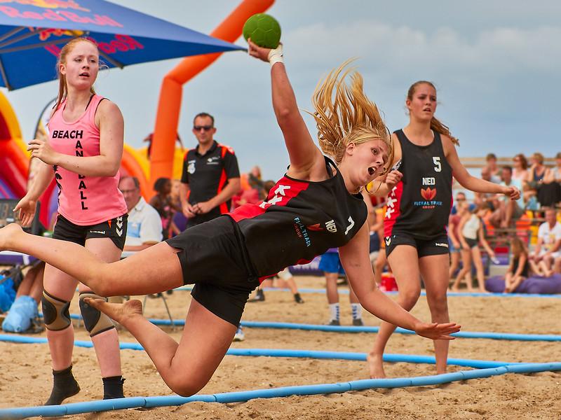 Molecaten NK Beach Handball 2017 dag 1 img 359.jpg
