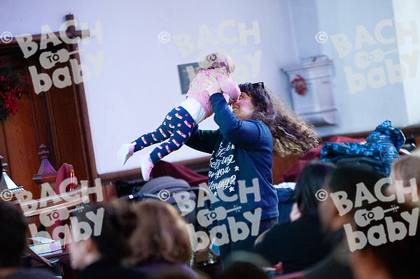 ©Bach to Baby 2019_Laura Woodrow_MuswellHill_2019-19-12_ 43.jpg
