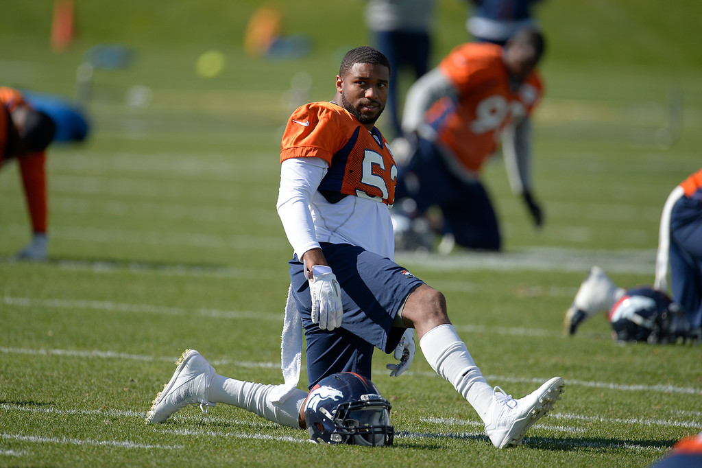 . Denver Broncos outside linebacker Wesley Woodyard (52) back at practice October 16, 2013 at Dove Valley. (Photo by John Leyba/The Denver Post)
