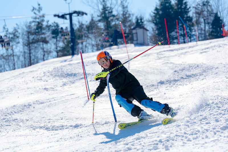 Standard-Race_2-3-18_Snow-Trails-73529.jpg