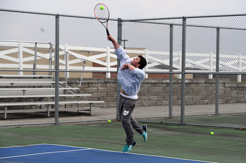 boys_tennis_1717.jpg