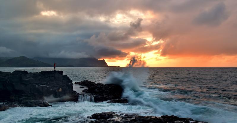 Looking at big wave Splash, Kauai, Hawaii