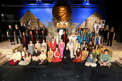 Aida Group Shots