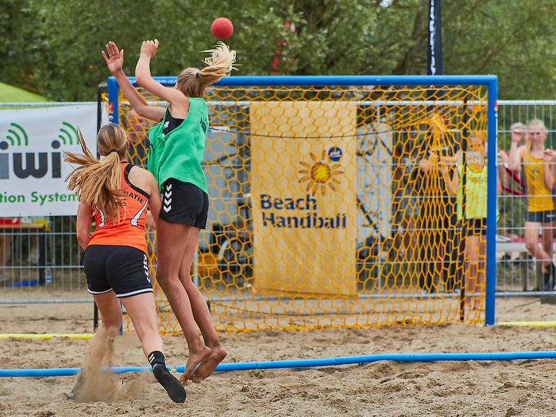 Molecaten NK Beach Handball 2017 dag 1 img 176.jpg