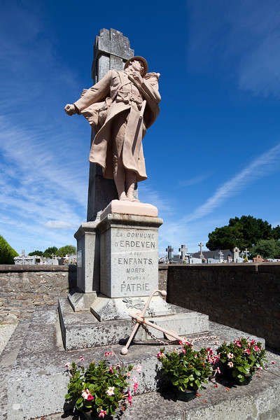 Dead solidiers memorial, cemetery of the town of Erdeven, departament of Morbihan, Brittany, France