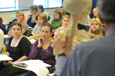 25706 classrooms, faculty, students, hr&e