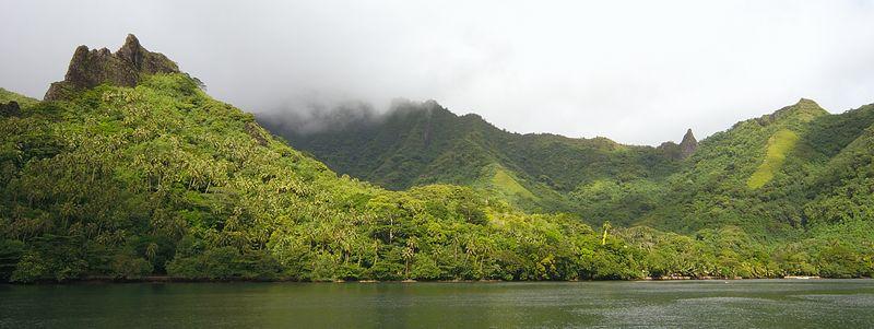 Opunohu Bay - site of Cook's landing