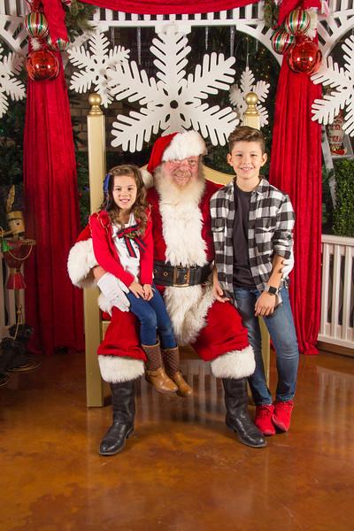 Santa 12-16-17-33.jpg