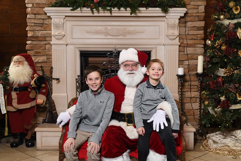 Santa2018.TylerBoye.-35.jpg